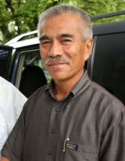 Anote Tong, president of Kiribati is concerned about the plight of his people, 103,000 i-Kiribati.