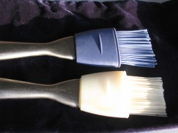 As you can see these basting brushes have silicone bristles