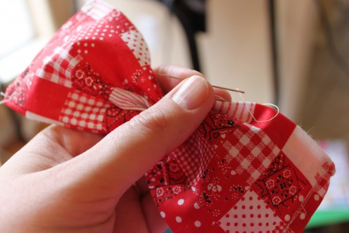 Gather the bow exactly in the middle