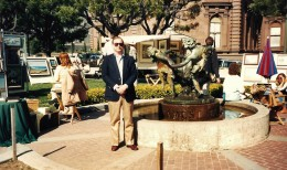 My hubby at Huntington Park during the art show.