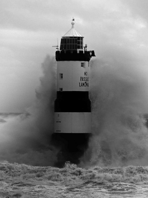 Trwyn Du lighthouse in stormy seas #2