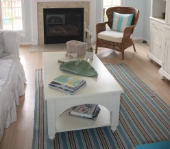 How to Decorate and Organize Your Coffee Table