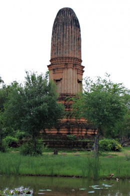 The Fruit-Shaped Tower. The original 'prang' (a tower associated with a temple) was built with loose bricks merely covered with plaster, yet remarkably still stands to this day