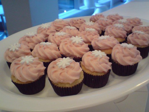 Cupcakes with Pink Frosting