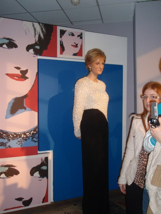 Princess Diana's wax statue  at Madam Tussauds