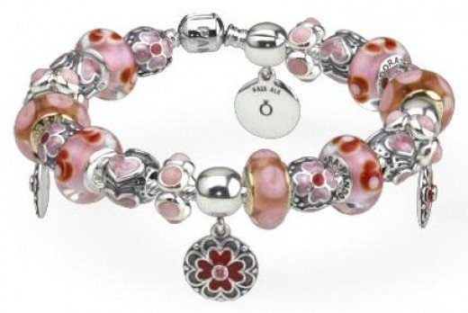 pink and red pandora bracelet - Pandora Bracelet Design Ideas