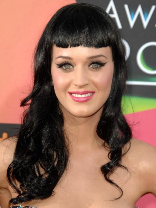 Katy Perry in bangs again