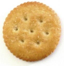 7 Easy Snacks with Ritz Crackers