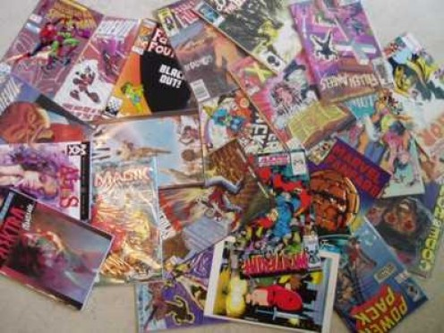 The Ten Graphic Novels that No Comic Book Fan Should Be Without