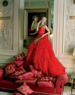Famous Photographers: Kate Moss Vogue Photos By Tim Walker