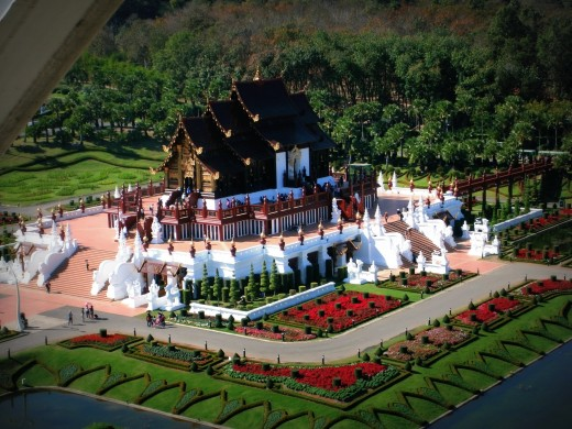 One of the magnificent views while riding the Giant Flora Wheel is clearly seeing the Royal Pavilion which features Lanna architecture,the architectural style of northern Thailand