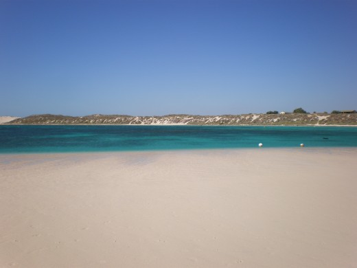 Coral Bay (low tide), Central-Western Australia.