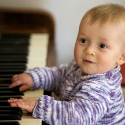 Should you make your kids learn piano at a young age?