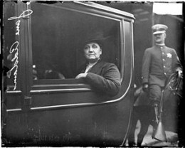 Jane Addams In A Carriage 1915