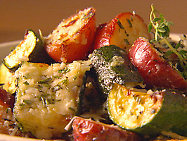 Broiled zucchini and red potatoes