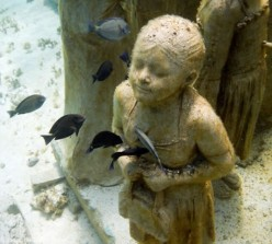 Life like sculptures of Jason deCaires Taylor, creator of world's first underwater sculpture park. Photo Gallery