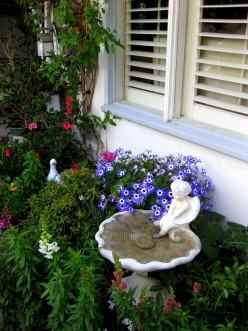 Gardening the Easy Way: Finding the Best  Fit for your Personal Lifestyle
