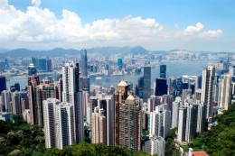 A spectacular view of the entire city from Victoria Peak