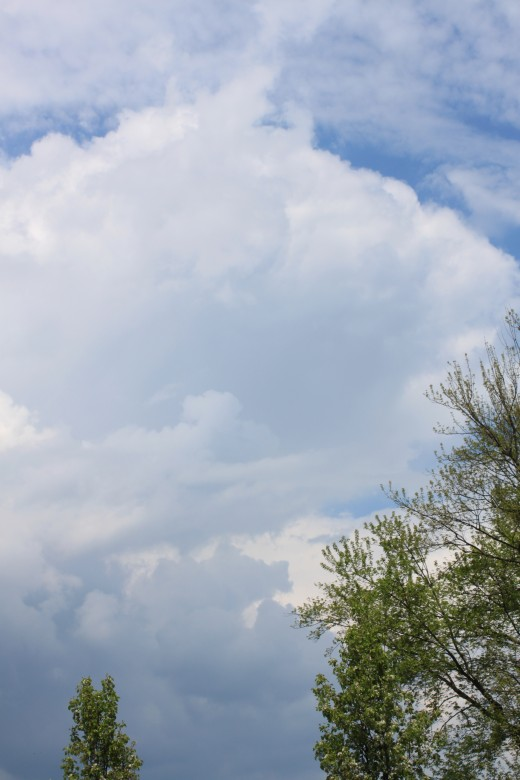building thunderstorm in the distance 5/7/11