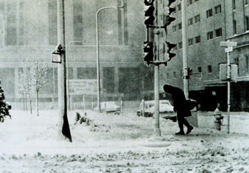 Winter storms can be deadly. Knowing how to get through one can save your life and the lives of those you love.  http://www.tomacor.com/2010/01/surviving-a-chicago-winter