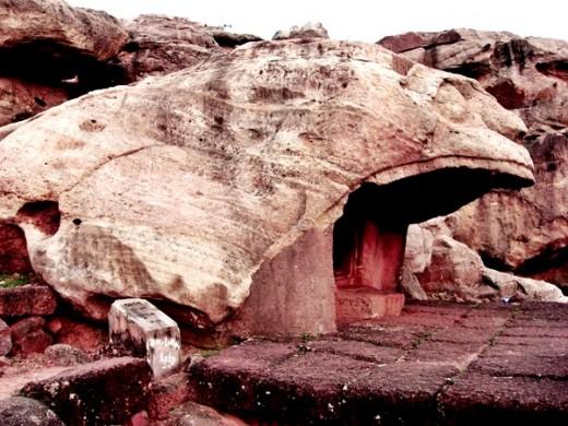 Baghgumpha (Tiger Cave) Side View