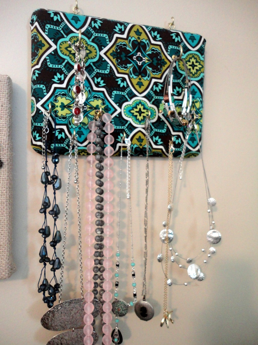 how to make your own wall mounted jewelry organizer