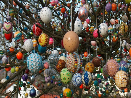 In the Czech Republic, schools usually compete in decorating Easter tree.  On this picture you can see a tree with over 9500 Easter eggs, located in Saalfeld, eastern Germany.