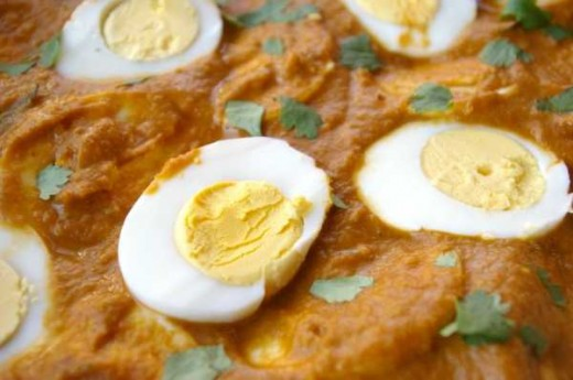 Curried eggs (with optional fresh coriander)