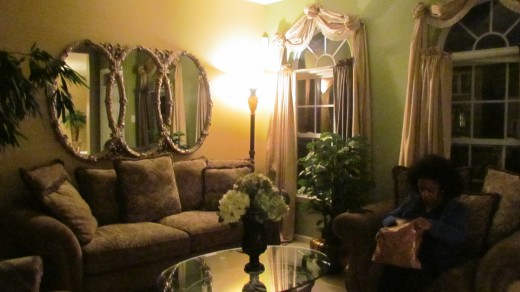 The living room of Debra's beautiful home which she welcomed our family in.