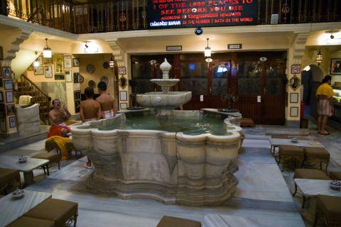 Hamam Cemberlitas Baths