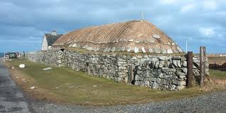 Hebridean 'langhus', used mainly stone, and turf roof covering