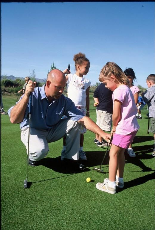 Children's golf (image source: www.brightsidegolfacademy.com)