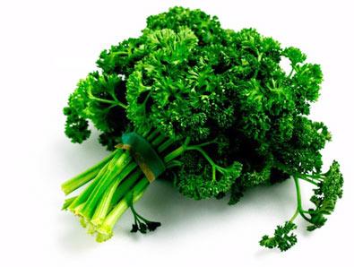 Chew a sprig of parsley to get rid of garlic breath