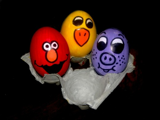 Elmo egg and his solid colour eggy friends