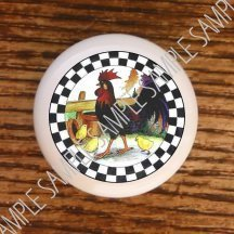 Rooster and chicks on this knob just shout country.  Roosters and chickens are a popular kitchen décor.  This is a perfect way to compliment that.
