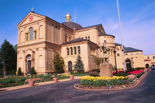 St. Francis welcomes visitors to the Franciscan Monastery