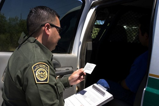 A CBP officer reading the Miranda rights to a suspect. The verbose Miranda warning is designed to cover all bases that a detainee might encounter while in police custody. A detainee may be asked to sign a statement acknowledging the following.