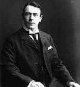Mr Thomas Andrews Jr, a former naval architect, who was Managing Director of Harland & Wolff Shipbuilding Companies design department.
