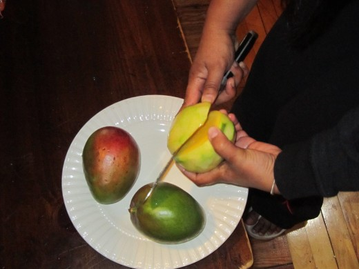 Slicing the Mangoes