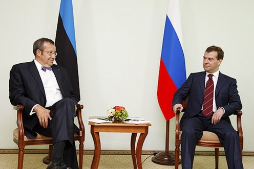 Estonian President Ilves (l) and Russian President Medvedev (r) in June 28, 2008