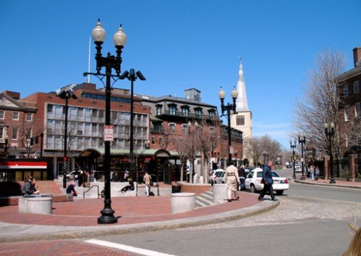 Ramble round the Harvard Square roundabout.