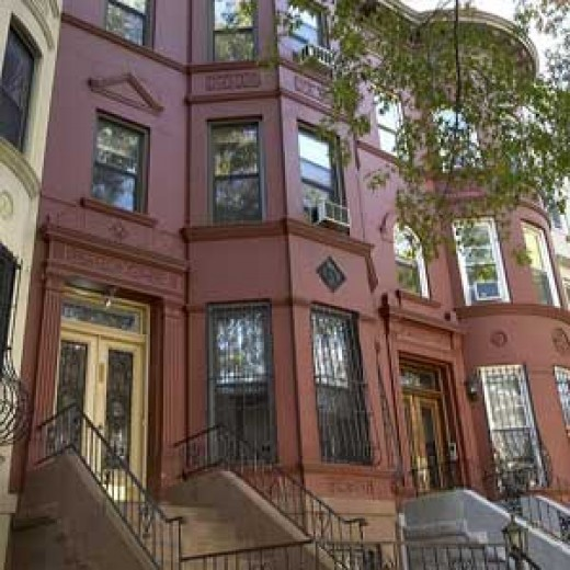 Urban beauty, a grand old Brownstone, 1914