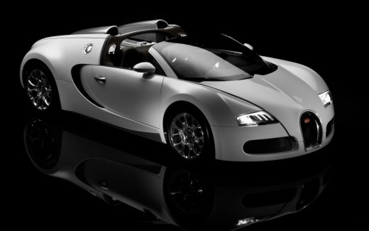 Bugatti-Veyron valued at 1.6 million dollars