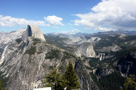 View from the top of Glacier Point