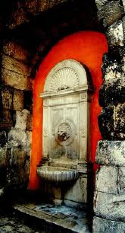 A famous fountain of aqueduct pumped water from the mountains outside of Split.  This section is called the Get, a shortened name for Ghetto where working class people worked and lived.