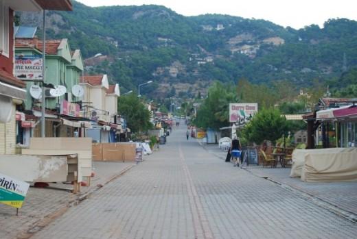 Main Street of Olu Deniz