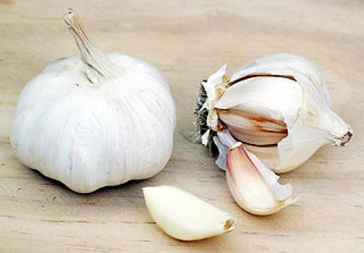 Garlic for sore throats