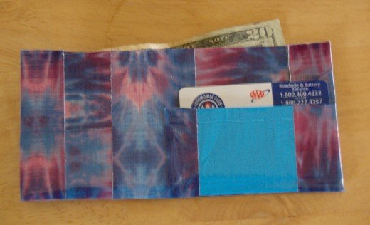 The completed wallet.