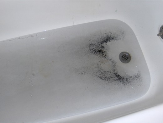 Yes, I rented it because it had a full bathtub... LOL.. it was full alright... not one nice hot bath did I take-cold bottled water showers