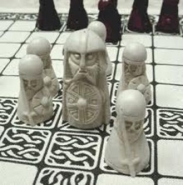 Hnefatafl - the King's Table, a board game of conquest and strategy
